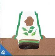 �結露などによる水分過多の場合は、落ち葉や土を多めに。