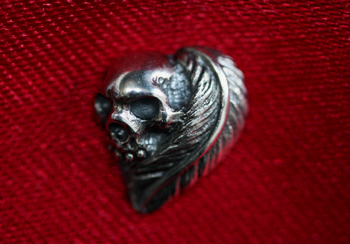 FEATHER HEART with SKULL PIERCE