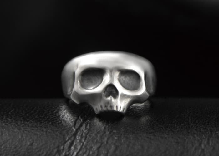 Sweet Little Skull Ring