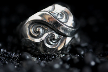 NEO FLARE RING