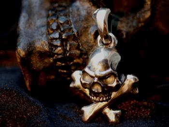 Cross Bone Skull Top