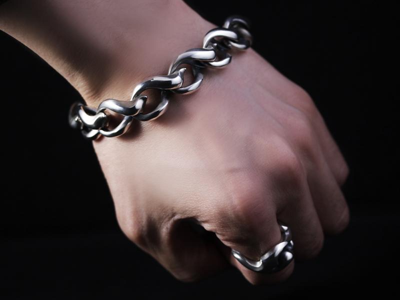 """Chain of """"KAIKA"""" Flare Bracelet"""