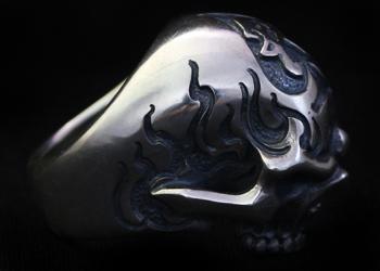 Fighting Skull Ring 2 Custom Tattoo