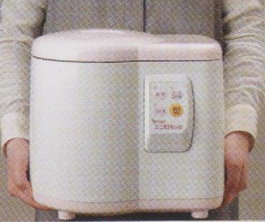 エムケー小型餅つき機<ミニもっち>は、コンパクトサイズ